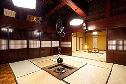 庄川峡長崎温泉 古民家の宿おかべ/客室