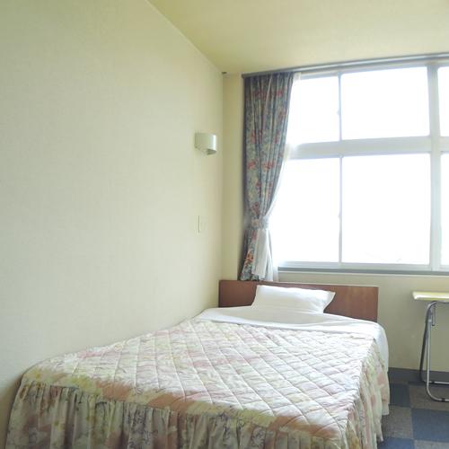 ビジネスホテル人吉/客室