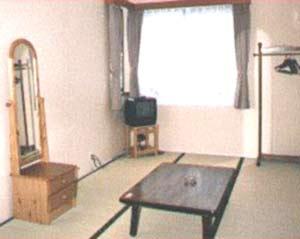 小川の流れるペンション のどか/客室