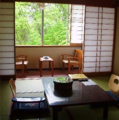 草津温泉 尻焼き風呂の桐島屋旅館/客室