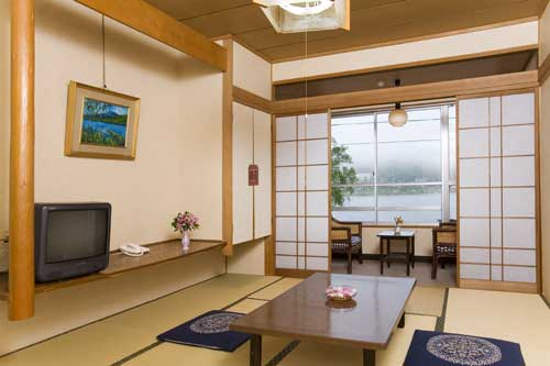 白樺湖畔の温泉宿 君待荘/客室