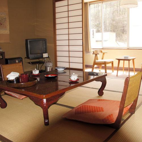 霊泉寺温泉 和泉屋旅館/客室