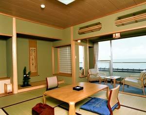 伝統と風格の宿 ホテル万長 <佐渡島>/客室