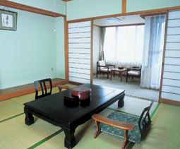 強羅アサヒホテル(新橋会提供)/客室