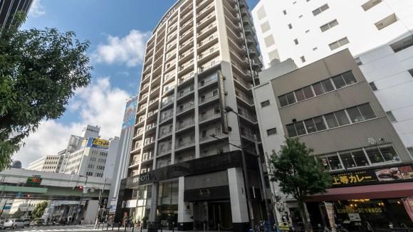 アパホテル<御堂筋本町駅前>/外観