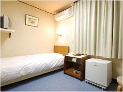 ビジネスホテル 三幸荘/客室