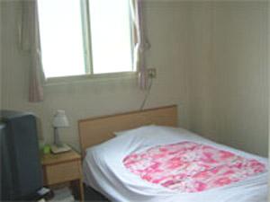 ビジネスホテル 寿季/客室