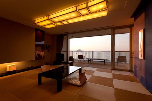虹の松原 夕映えの宿 旅館魚半/客室