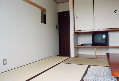 ホテル市原クラブ八幡北町店/客室