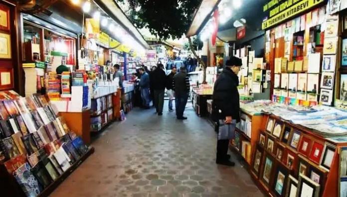 Book stalls at Sahaflar Carsisi