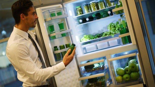 Перестань есть Новые поющие холодильники будут напоминать про диету