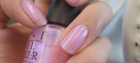 OPI指甲油試色 (NLS79)(冷色調的玫瑰粉)