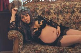 [孕婦][育兒] 孕婦寫真推薦,舊樓攝影。哥德風與混血娃娃孕婦寫真