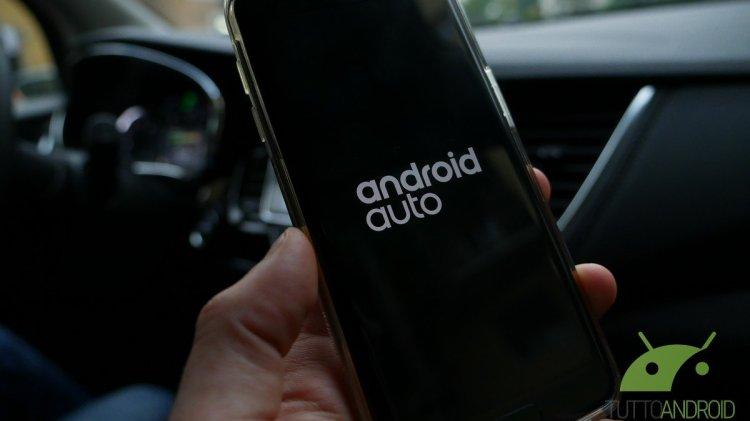 Android Auto si aggiorna con nuovi sfondi, rilevamento cavi USB e altre novità
