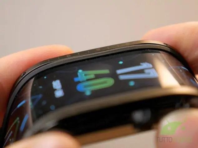 Recensione Nubia Watch smartwatch pieghevole