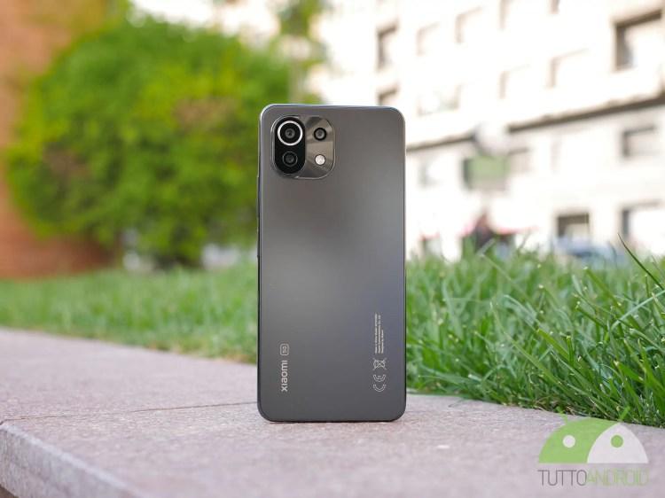 Ancora informazioni su Xiaomi Mi 12 mentre appare un inedito smartphone HONOR
