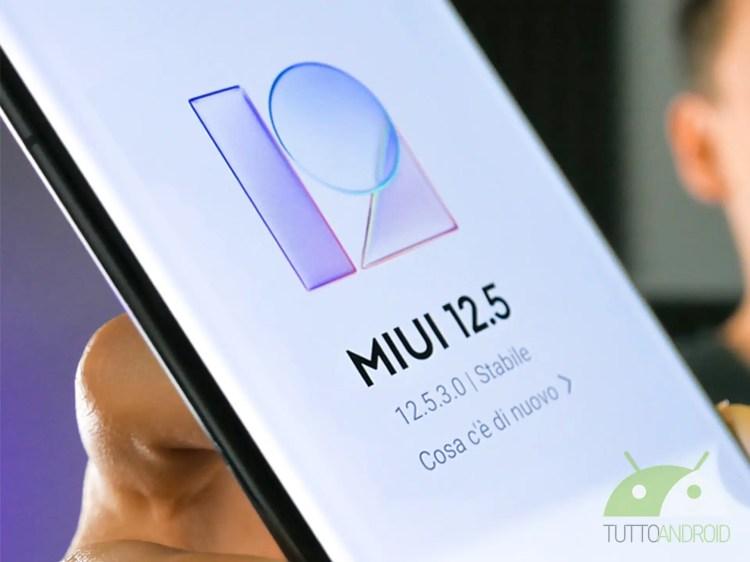 Xiaomi Mi 11 riceve la prima closed beta di MIUI 12 basata su Android 12
