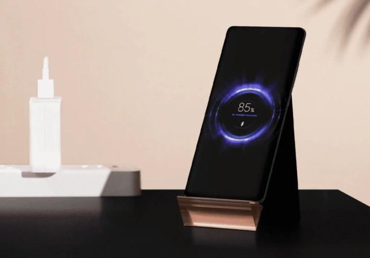 Xiaomi senza limiti: ecco il carica batterie wireless da ben 100W!