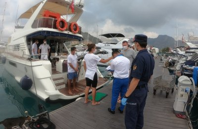 Antalya'da tekne ve yatlarda Kovid-19 denetimi