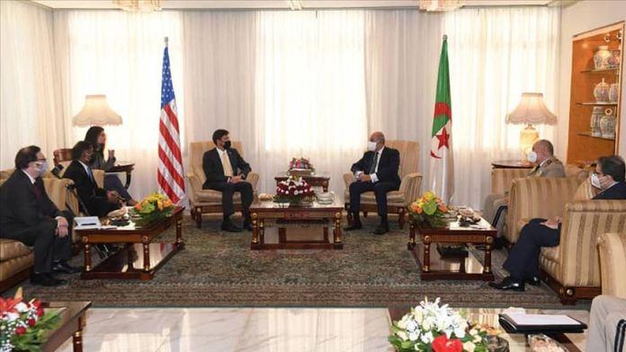 Cezayir 15 yıl sonra ilk kez ABD Savunma Bakanını ağırladı