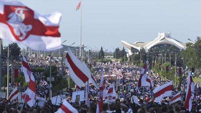 Belarus'tan batı ülkelerinin yaptırım kararına tepki