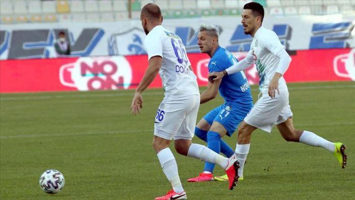 Erzurumspor, Rizespor karşılaşmasında gol sesi çıkmadı
