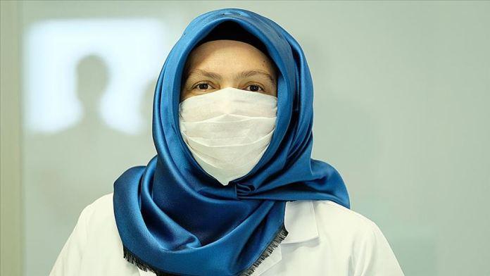 Sağlık personelinin Kovid-19 ile mücadelesi hız kesmeden sürüyor