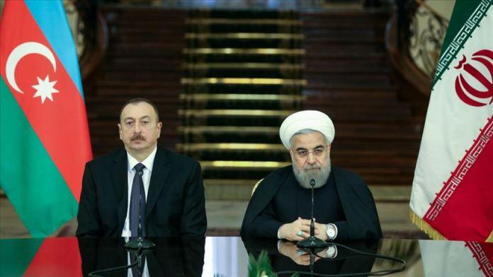 Ruhani ile Aliyev Dağlık Karabağ'daki çatışmaları görüştü