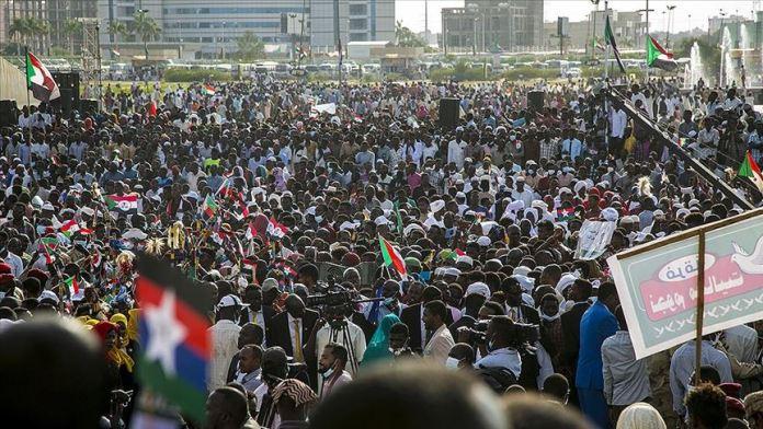 Sudan'da nihai barış anlaşması kutlandı