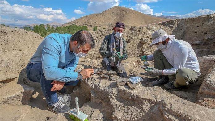 Van'da 5 bin yıl öncesine ait yaşamın izleri bulundu