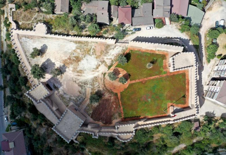 1602407272 517 korfezin 1400 yillik kalesi turizme kazandiriliyor