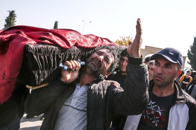 1602935737 884 ermenistanin gencede fuze ile oldurdugu siviller son yolcuguna ugurlandi