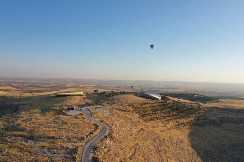 1603031208 37 gobeklitepede sicak hava balonuyla resmi ucuslar basladi