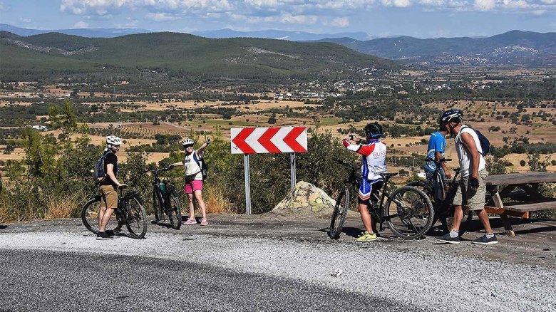 1603622697 485 bodrumda alternatif bisiklet rotalari rus turistlere tanitildi