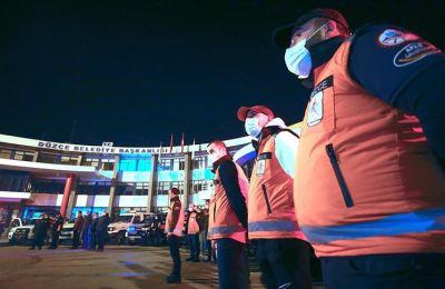 Düzce Depremi şehitleri anısına afetin gerçekleştiği saatte sirenler çalındı