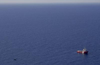 Libya açıklarında düzensiz göçmenleri taşıyan tekne battı: 74 ölü