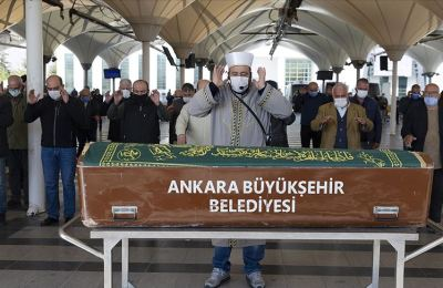Türk resim sanatının öncülerinden Lütfü Günay son yolculuğuna uğurlandı