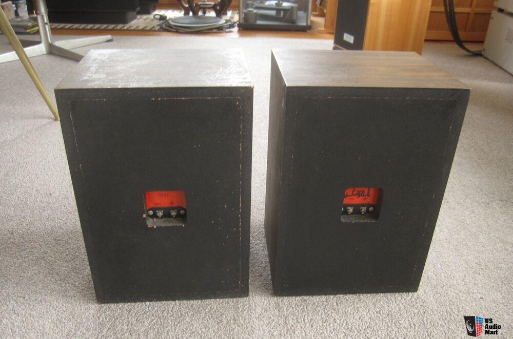 Burhoe Acoustics Crimson Speakers Winslow Burhoe