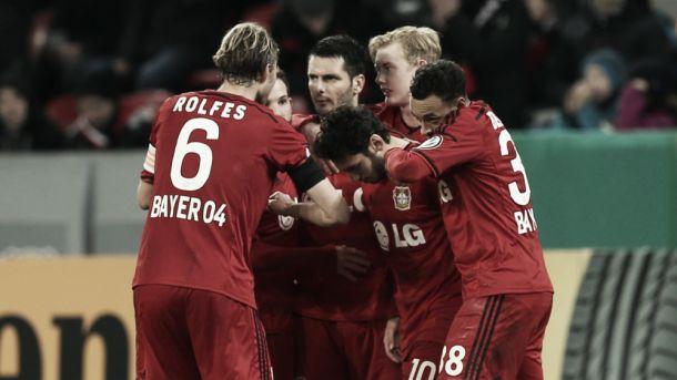 Leverkusen bate Kaiserslautern na prorrogação e avança na DFB Pokal