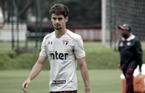 Flamengo acerta contratação do zagueiro Rodrigo Caio, São Paulo faa62c2830