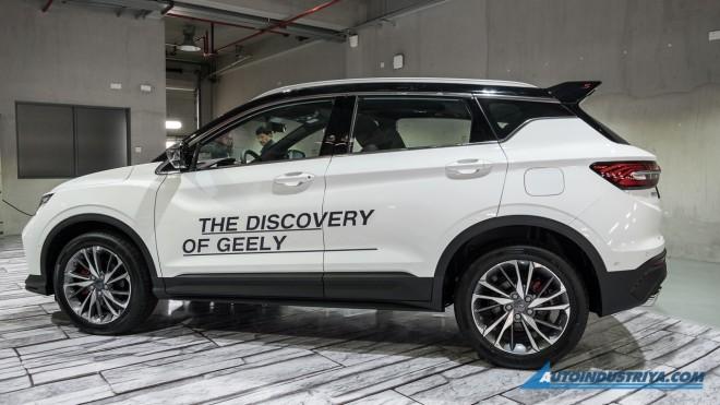 VNF Geely%20Coolray%20Sport%202020 canh tranh Kia6 - Ô tô Trung Quốc Geely Coolray Sport 2020 - đối thủ mới của Hyundai Kona
