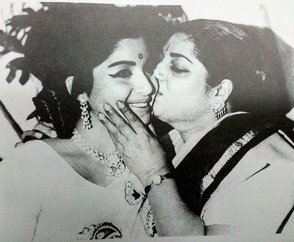 Image result for ஜெயலலிதா ஆல்பம்
