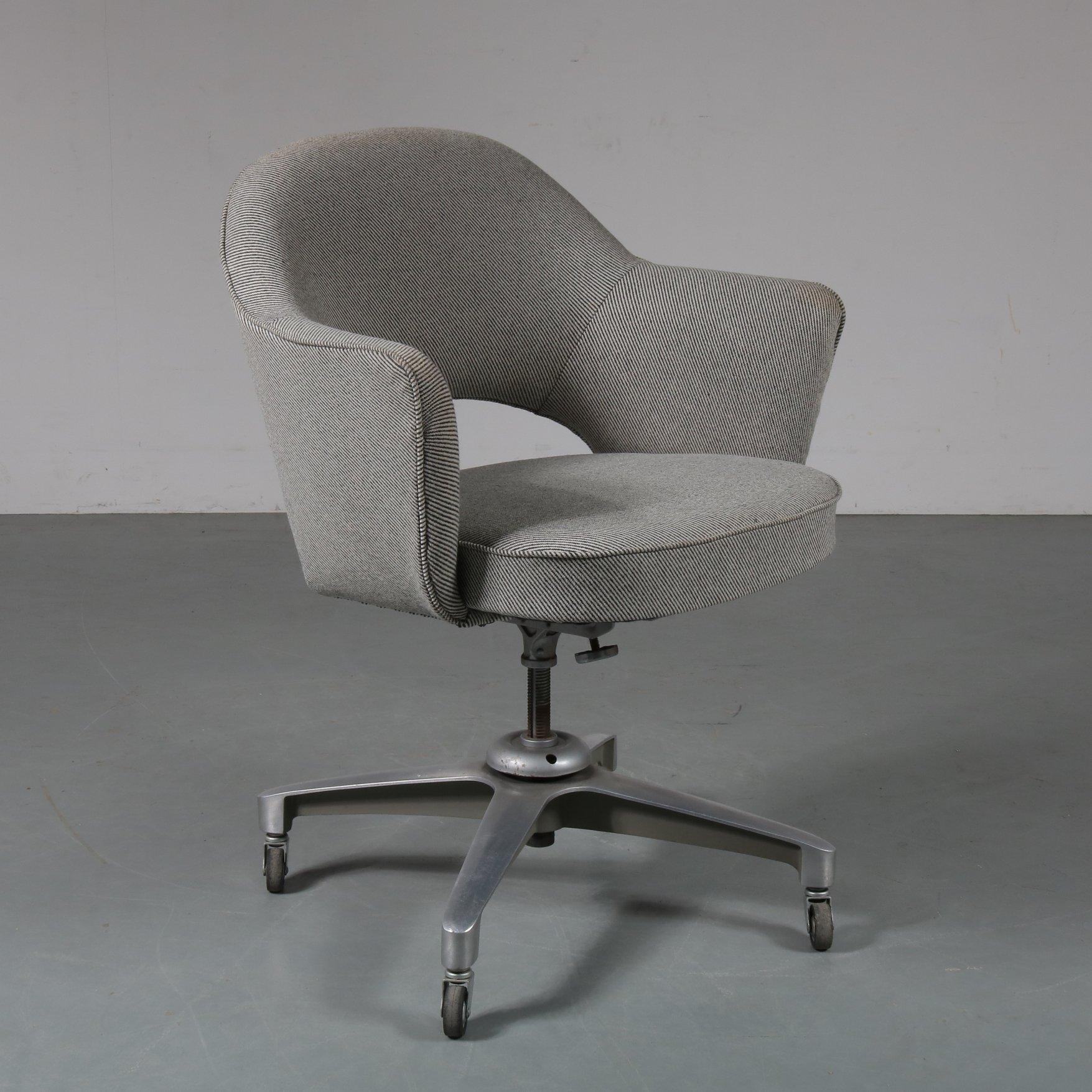 Desk Chair By Eero Saarinen For Knoll International 1960s 97419