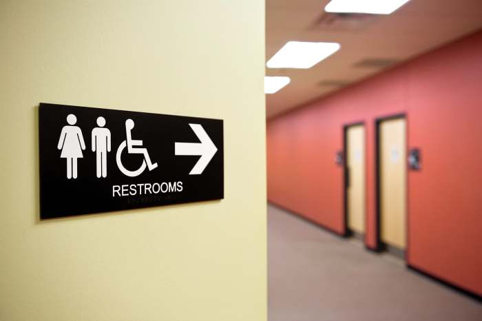 photo of bathroom sign