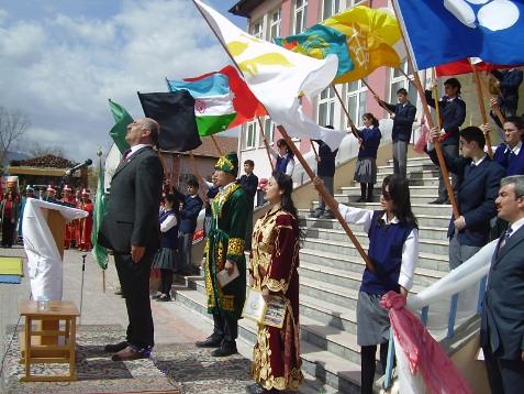 Nevruz Türkünyası Haftası İsitiklal Marşı, tören