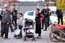 <br /><br /> Roma in einer Unterkunft für Einwanderer im französischen Roubaix. Die Debatte um Freizügigkeit innerhalb der EU flammt neu auf<br /><br />
