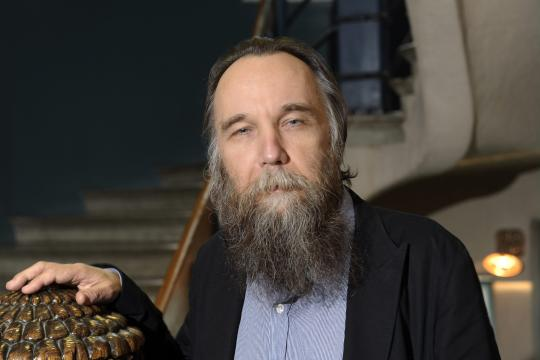 https://i2.wp.com/img.welt.de/img/ausland/crop130012315/0409738915-ci3x2l-w540/Russian-political-scientist-Aleksandr-Dugin.jpg