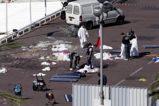 Foto: dpa/EFE Nach Ansicht des Islamwissenschaftlers Gilles Kepel ist es langfristiges Ziel von Terroristen, auf den