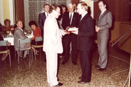 Wladimir-Wladimirowitsch-Putin-bekommt-d.jpg (540×360)