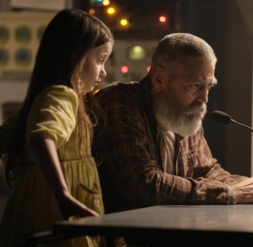 Clooney is not all alone: Caoilinn Springall as Iris next to Clooney's Augustine